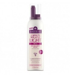AUSSIE 3 MINUTE MIRACLE LIGHT MEGA MOUSSE 150 ML