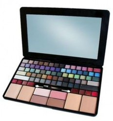 IDC IMAKEUP PERFECT LAPTOP 83 COLORS MAKE UP SET REF 25703